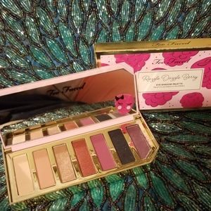 Too Faced Razzle Dazzle Berry Eyeshadow Pallette